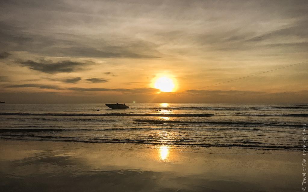 december.2017-Kata-Noi-Beach-Phuket-iphone-2920