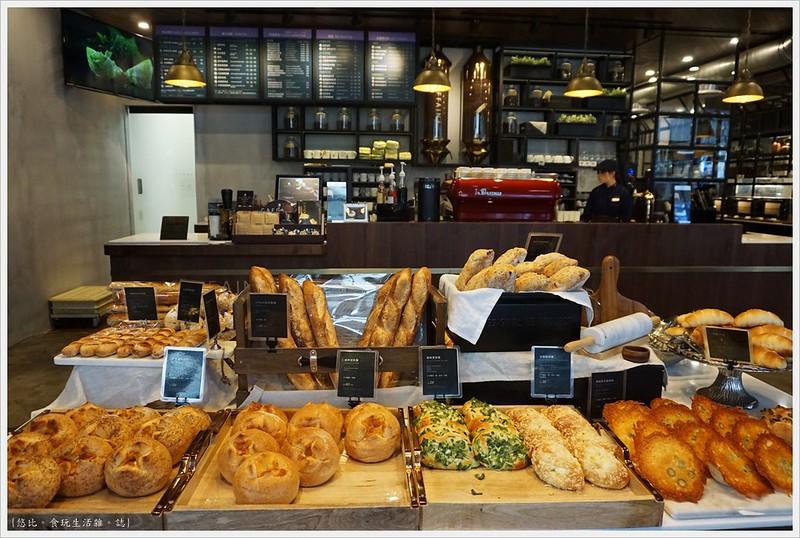 卡啡那CAFFAINA 大墩店-22-麵包區