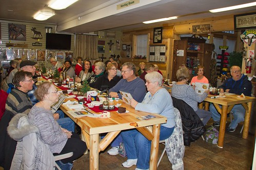 IMG_11353_PEP_Group_at_Moose_Lake