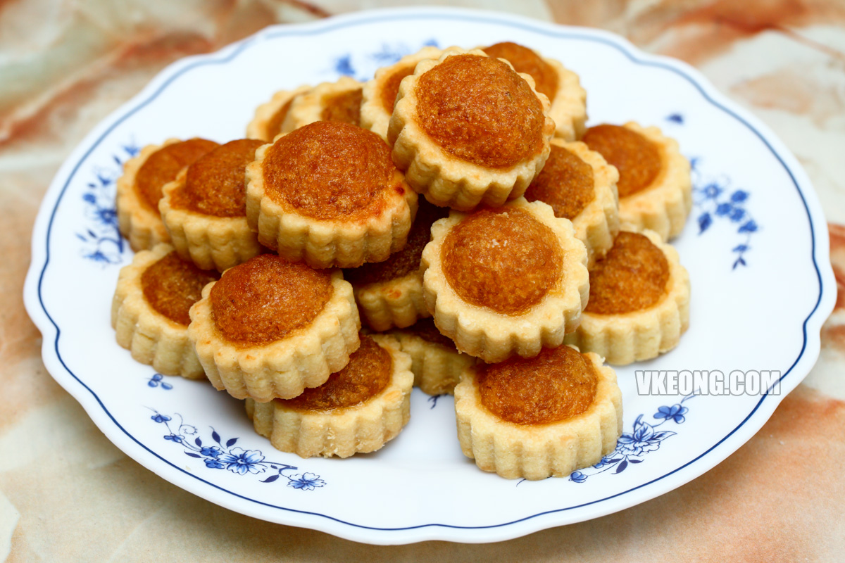 Mum's-Tart-Homemade-Pineapple-Tarts
