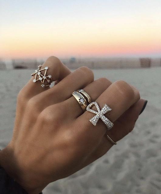 loganhollowelljewelry