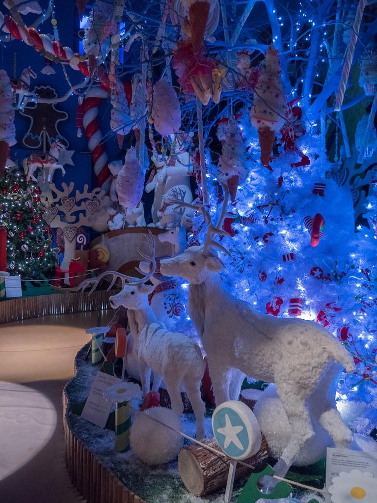 Déco dans la maison du Père Noël 39081280182_04c03561aa_b