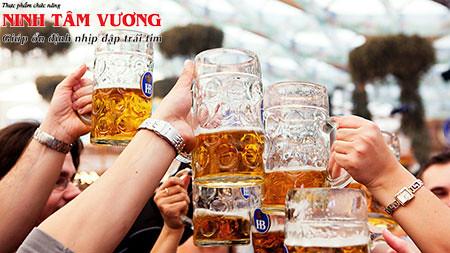 Rượu bia là nguyên nhân gây rối loạn nhịp tim và làm nặng hơn bệnh van tim