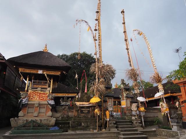 土, 2017-11-11 05:07 - Penestananのお寺