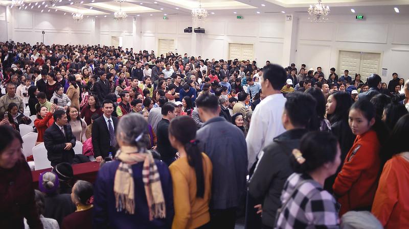 Hội Thánh Hà Nội - Giáng Sinh chung 3 hội thánh tối 22 có hơn 2000 người tham dự có hơn 300 người tin nhận Chúa (3)