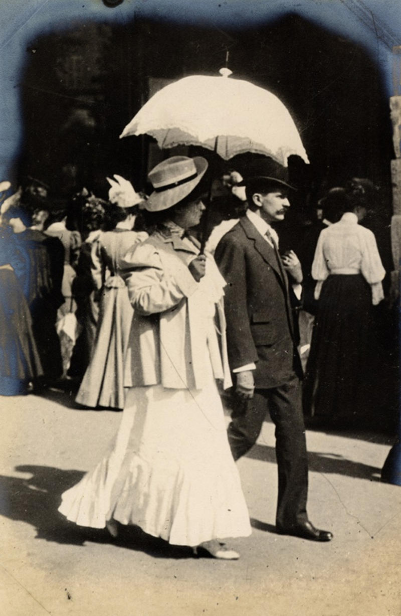 A parasol looks the part on the Boulevard des Italiens, Paris, 1906