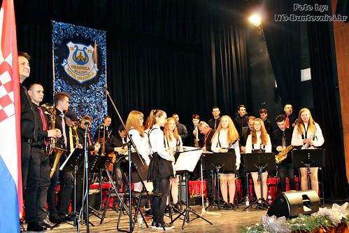 Glazbena čestitka Gradske glazbe Nova Gradiška