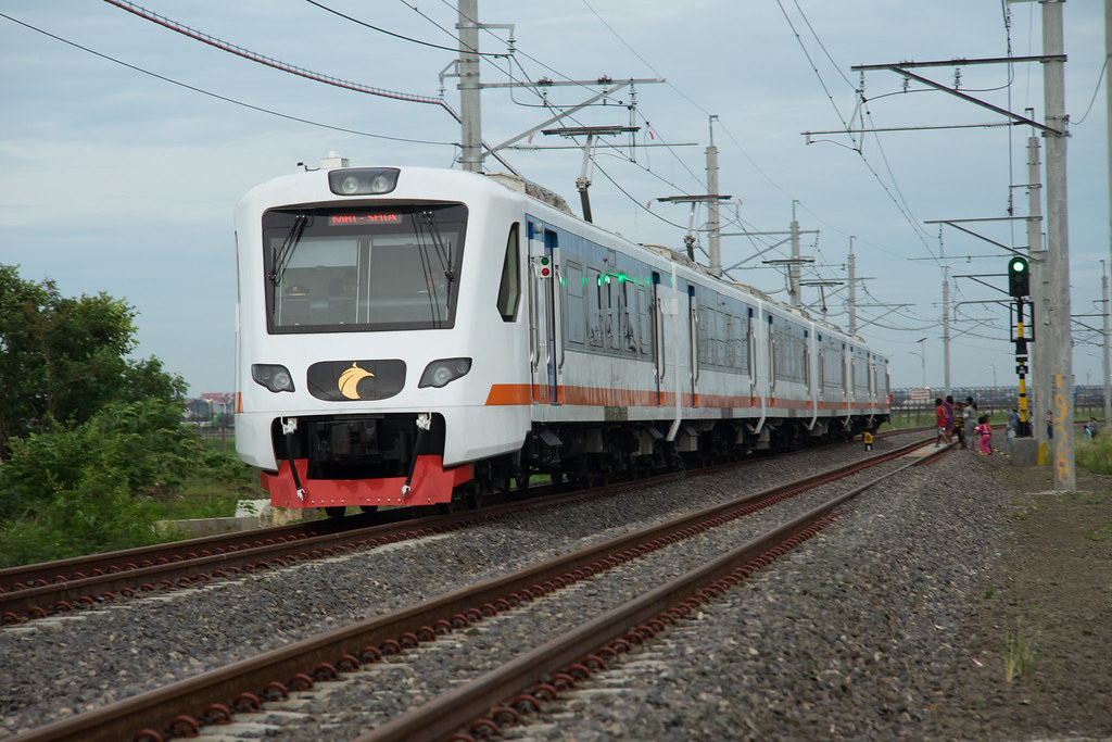 INKA-Bombadier Soekarno-Hatta ARS EMU (TS6 : K1 1 17 37) ;Test Run (551-552);Near Soekarno-Hatta International Airport
