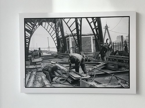 Puente Colgante en reconstrucción