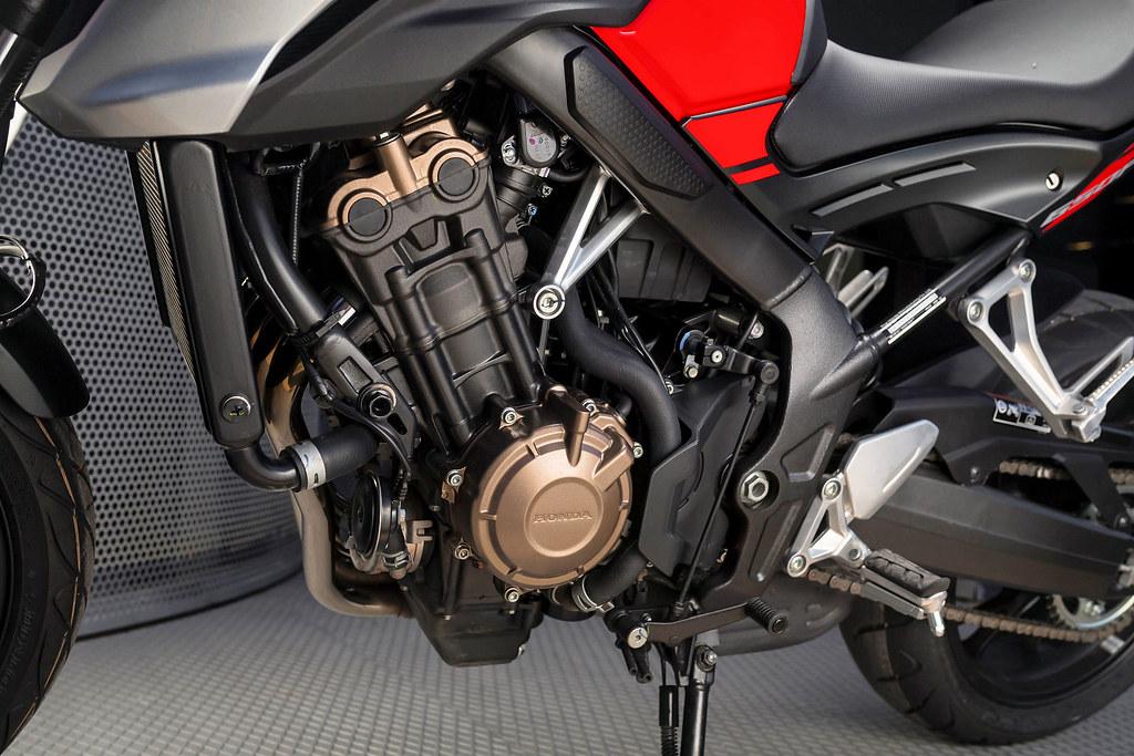 Honda CB 650 F 2018 - 7