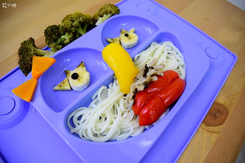 easymat餐盤防拔嬰兒餐具吸盤嬰兒餐具推薦嬰兒副食品餐具推薦EasyMat防滑矽膠餐盤 (13)