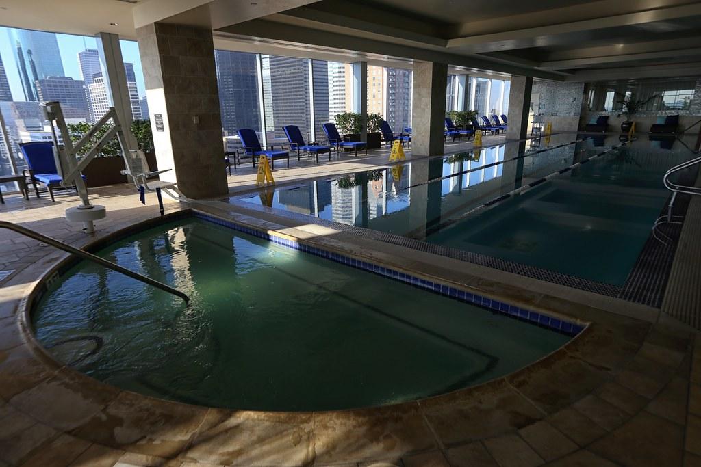 Hilton Americas-Houston Pool and Gym 22
