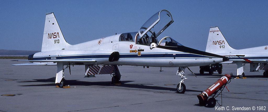 65-10355 nasa N913NA KEDW 19820500 20cr