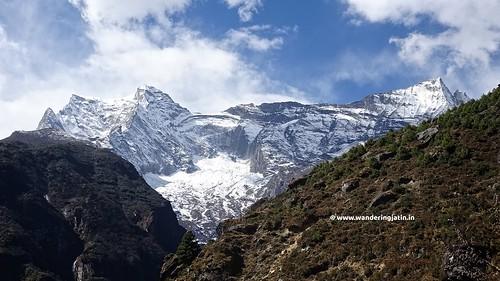 Mt Kongde summit