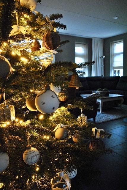 Kerstboom rieten klokjes landelijke stijl
