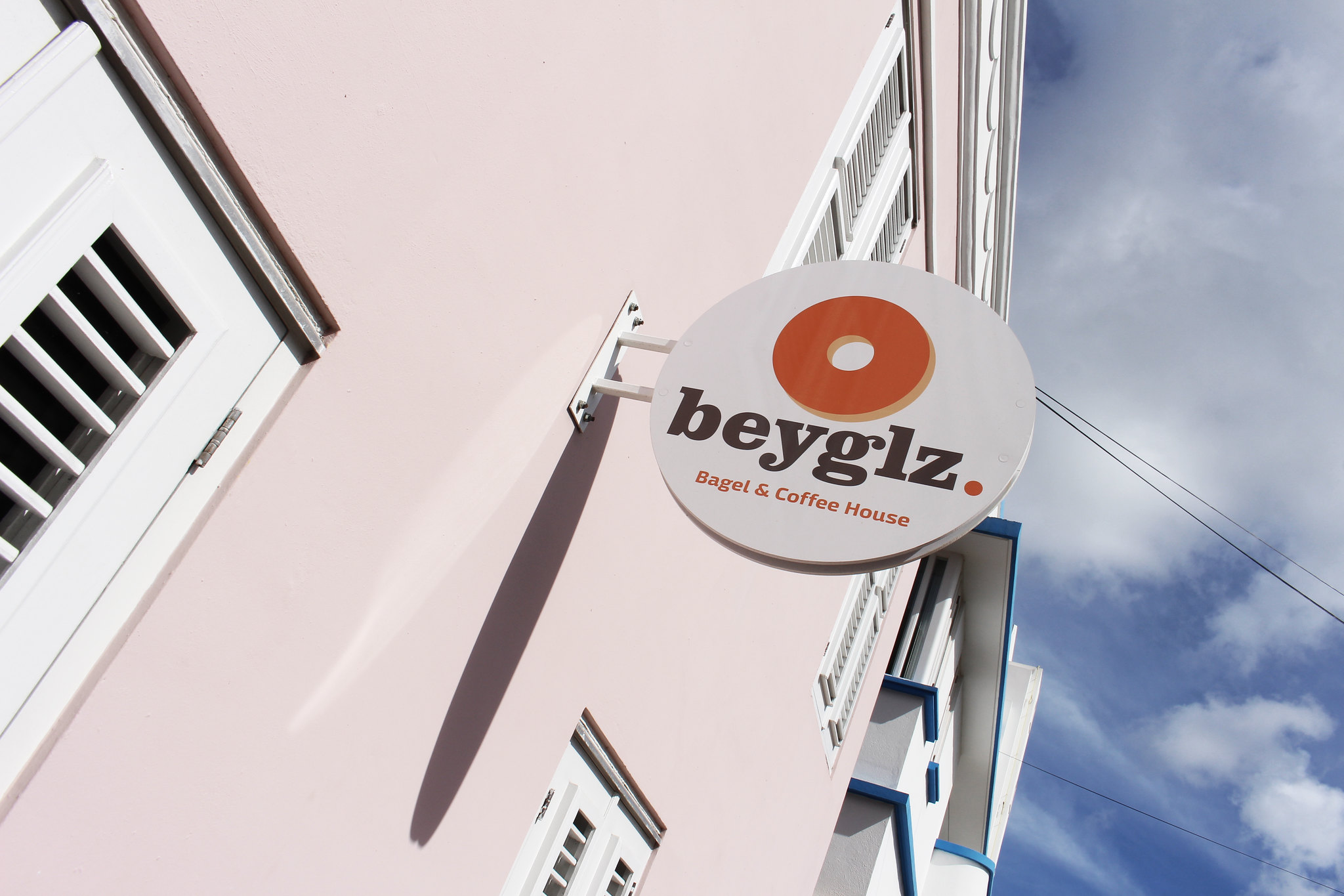 beyglz, curacao, coffee, bagels, shop, cafe, downton, tripadvisor, must visit, tourist, restaurant,local, vegan, organic, natural, healthy