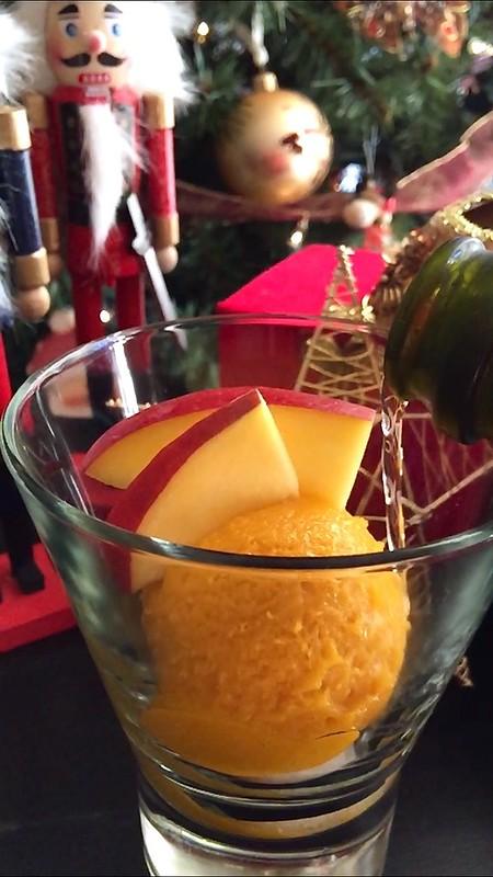 Mango Sorbet & Prosecco Floats