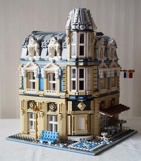 為你的倫敦塔橋注入新風貌吧!!Lee Inyoung 樂高MOC 作品【街景博物館 & 烘焙坊】Lego 10214 Alternative Build Museum and Bakerycafe