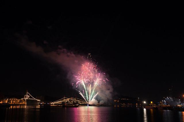 Photo:新年を祝う花火