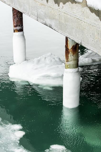 Sea ice at Nut Island