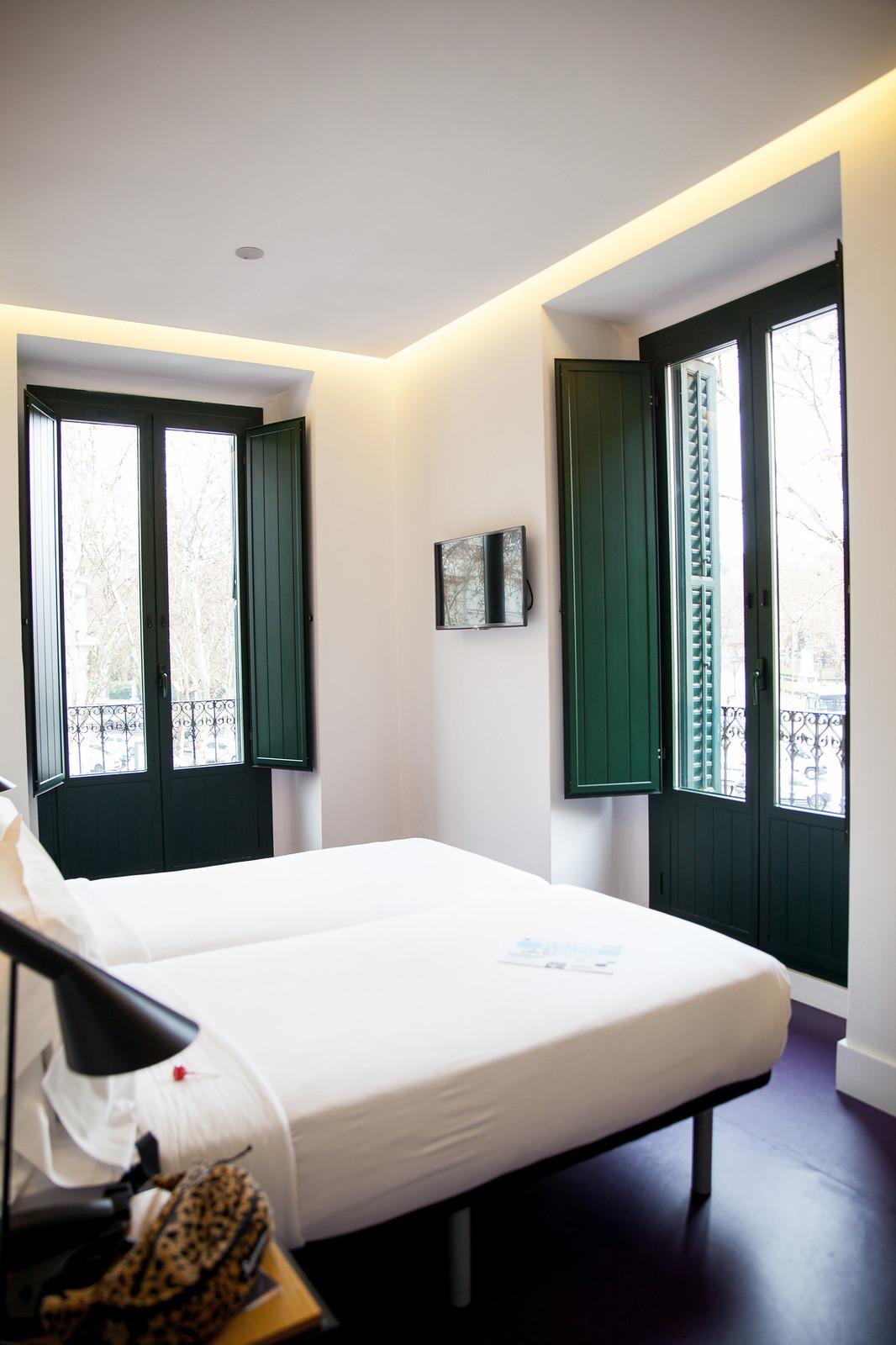 sleep atocha hotel madrid por 50 euros supreme theguestgirl influencer barcelona