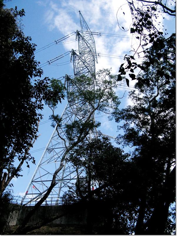南竹高崙南峰高壓輸電塔