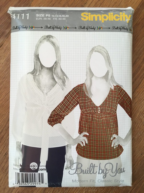 "Simplicity 4111 in ""Winged"" Fabric"