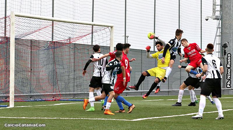 Il gol del 2-0 siglato da Simone Pantò