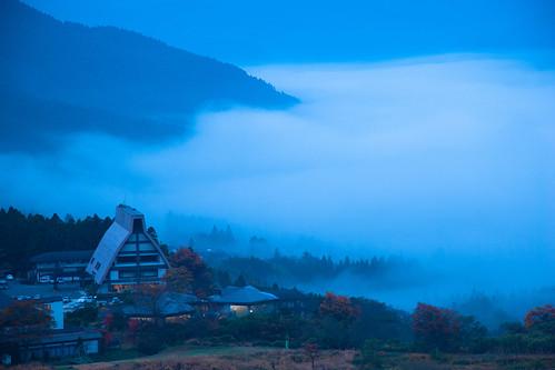 湯布院の朝霧