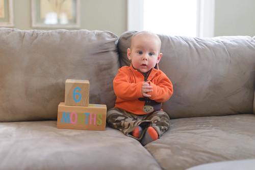 thomas 8 months-5