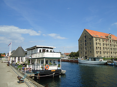 Copenhague healty house boat