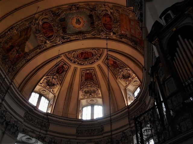 Salzburg Cathedral, Nikon COOLPIX S6600