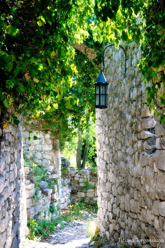Улица в центральной части Старого города Бара