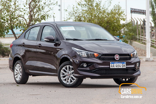 Fiat Cronos 1.3 Drive