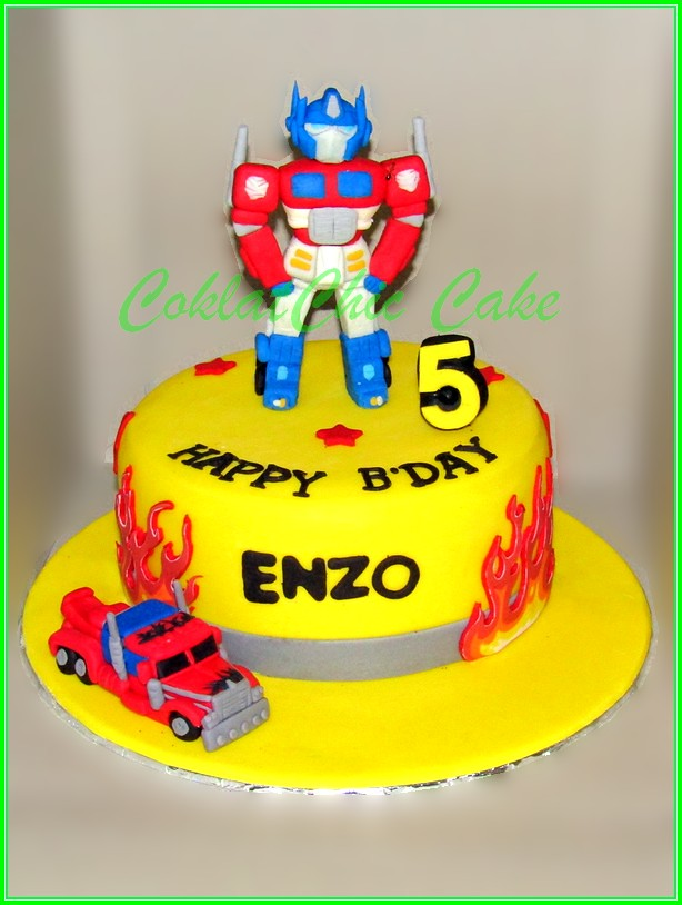 Cake The Transformer Optimus Prime ENZO 18cm