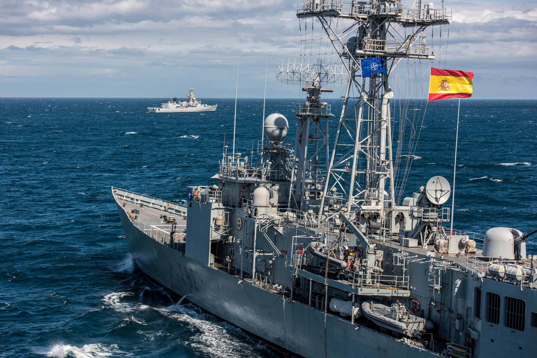 La frégate Louise-Marie part pour l'opération Sea Guardian - Page 3 39963263034_0f61e26b2f_o