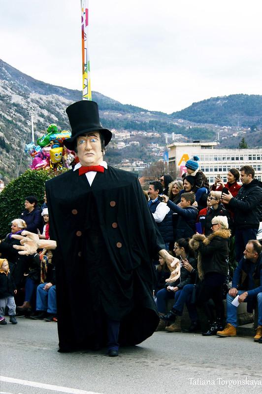 Реплика карнавальной куклы