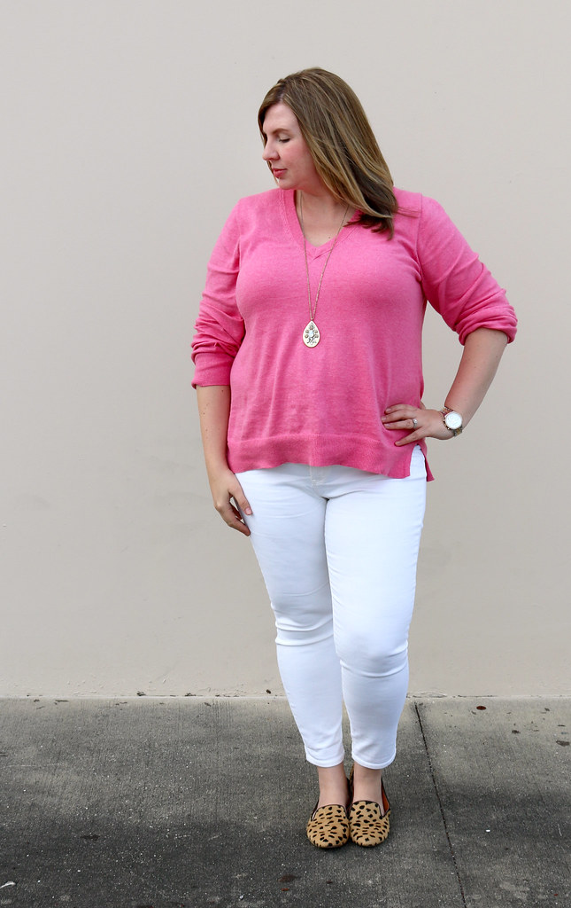 pink sweater, white jeans and leopard loafers 1