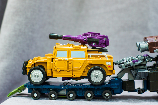 Onslaught Vehicle Mode with Trailer 4