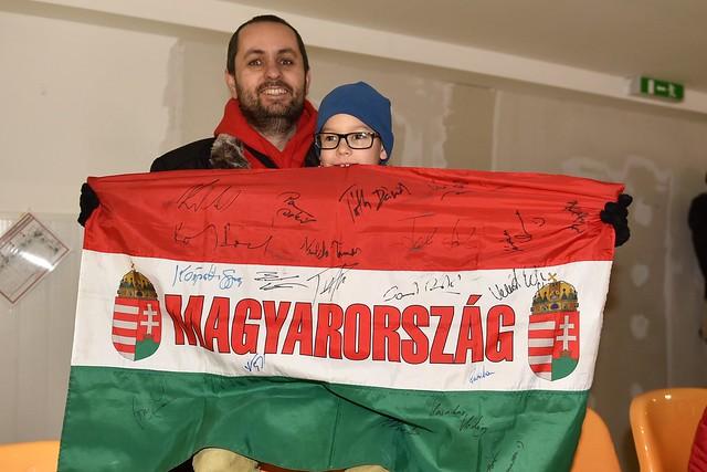 magyar_szurkolok01_Phjongcshang2018_sportmenu