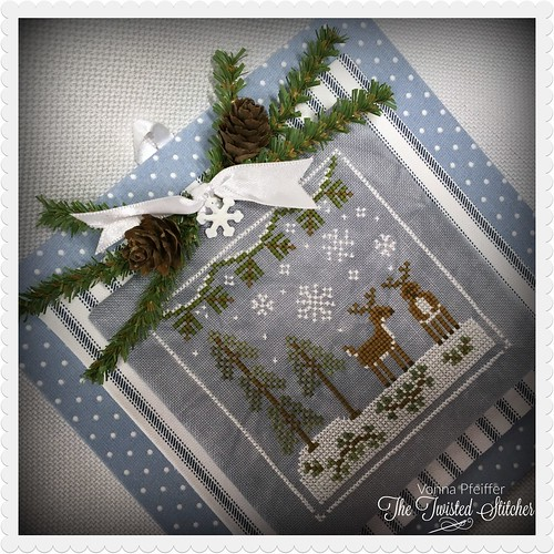 Country Cottage Needleworks_Frosty Forest_Snowy Deer_close