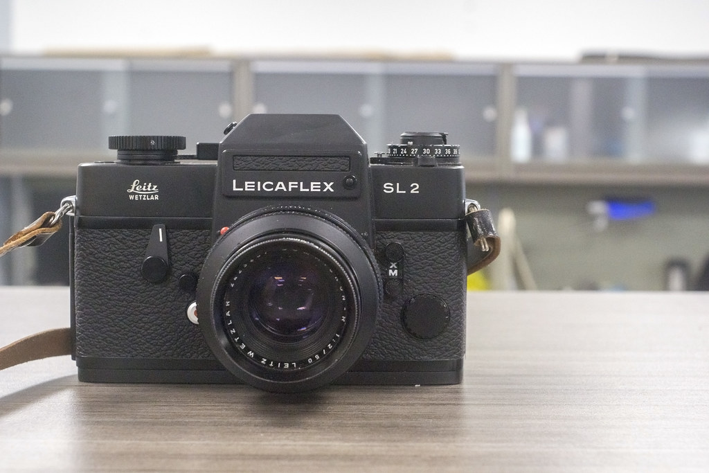 CCR Review 81 - Leicaflex SL2