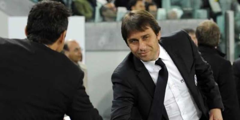 Mantan Pelatih Barcelona Siap Gusur Antonio Conte di Chelsea