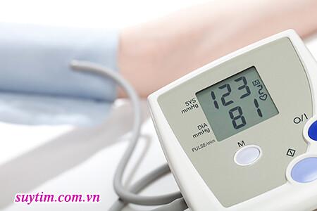 Người bệnh suy tim cần duy trì huyết áp ở ngưỡng an toàn