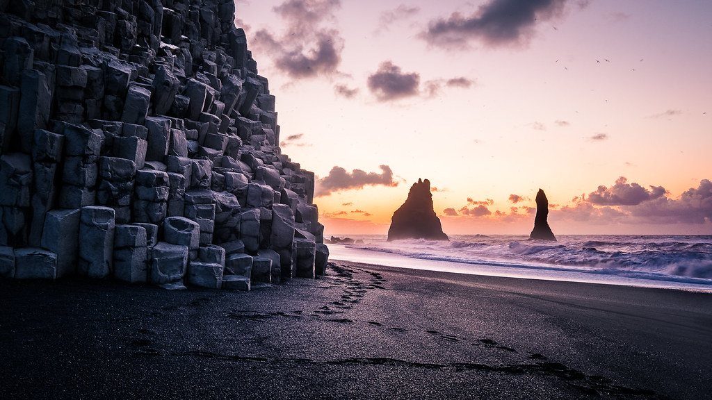 Sunrise in Reynisfjara Beach, Iceland picture