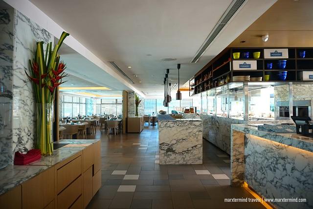Hilton Kota Kinabalu Rooftop Poolside Bar & Grill