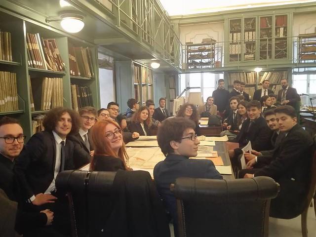 studenti canudo al senato