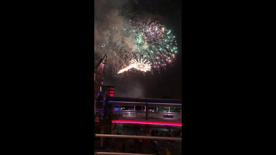 fireworks.mp4