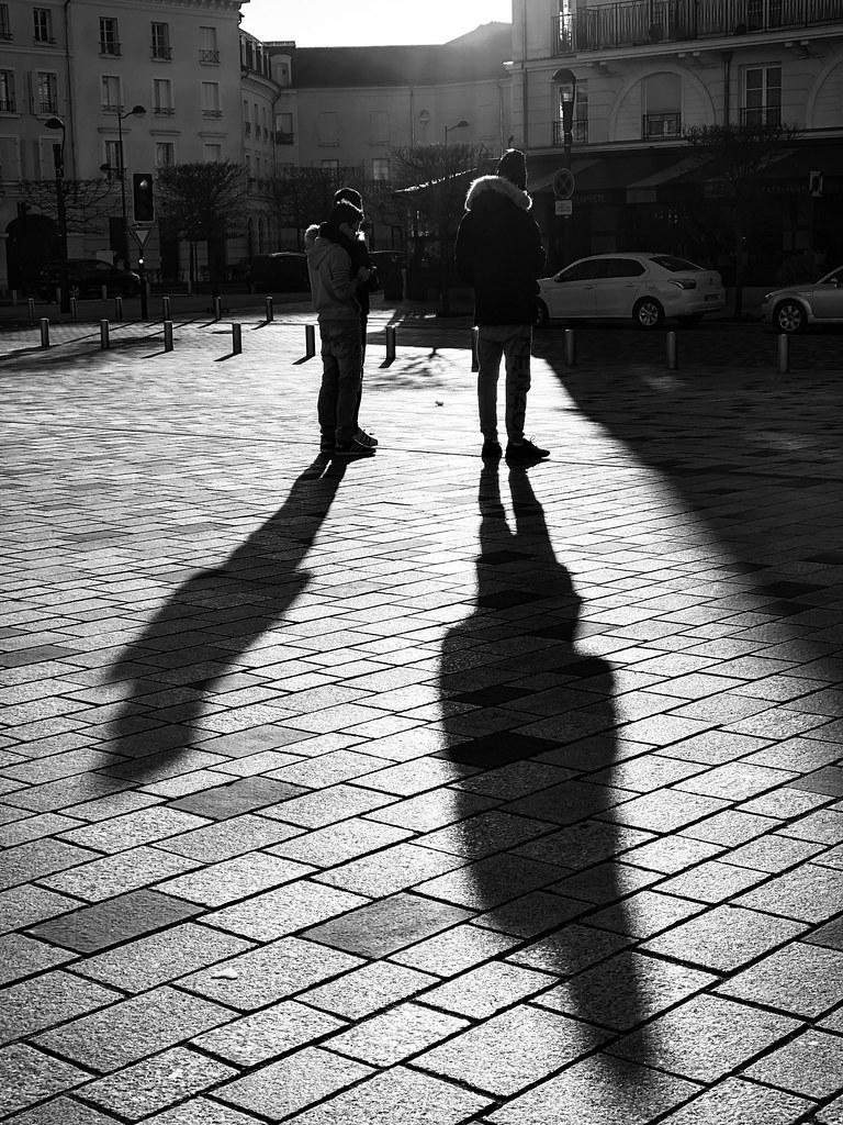 Les ombres de la mairie