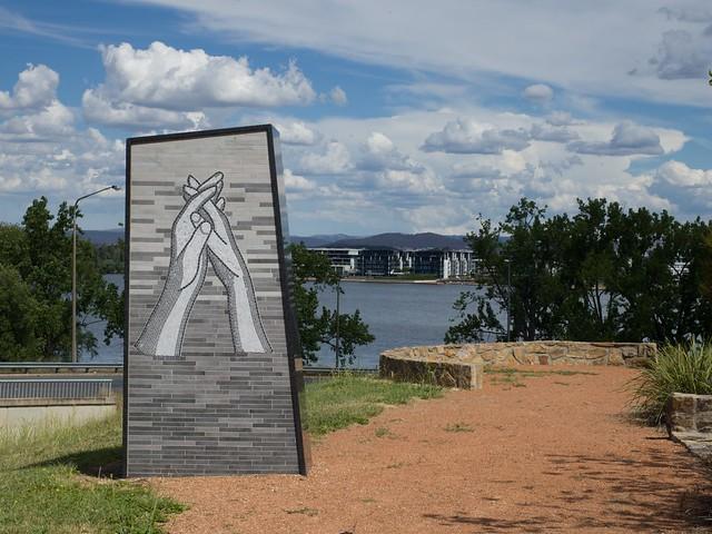 The Australian International Humanitarian Aid Worker Memorial - Barton - ACT - Australia - 20180102 @ 16:10